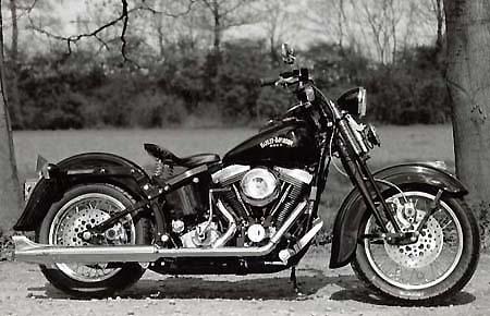 harley davidson custom bike lsl chaplin ein bericht von. Black Bedroom Furniture Sets. Home Design Ideas
