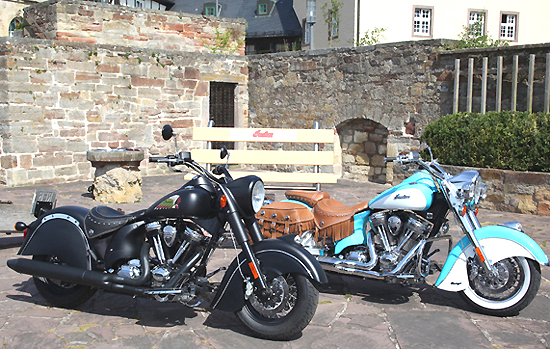 Indian Dark Horse und Indian Chief Vintage Modelle 2010